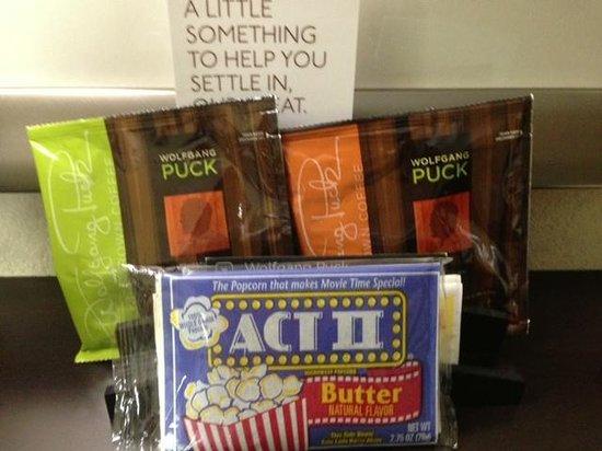 Staybridge Suites Houston Stafford: Coffee & Popcorn