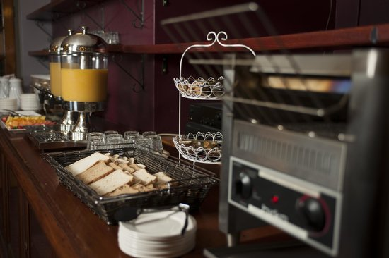 """Colonial Terrace Motor Inn : Continental Buffet in """"The Brasserie)"""
