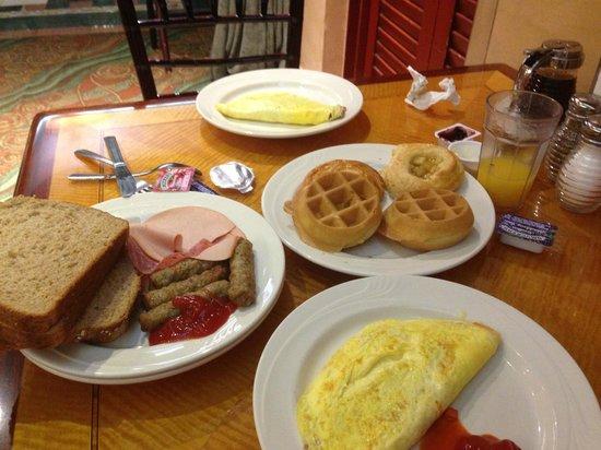 Hollywood Hotel: Breakfast