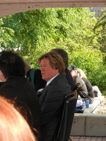 Abbey Road On The River : Abby Road on the River - BBQ with Peter Asher