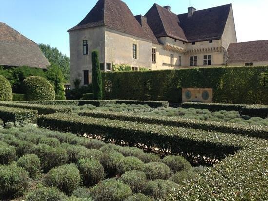 Chateau et jardins de Losse: jardins bas
