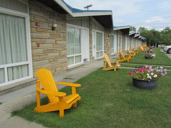 Ramada Gananoque Provincial Inn: Los bungalows