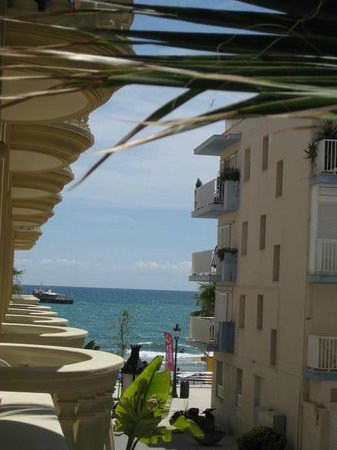 Urh Sitges Playa Hotel: Balcony View in Sitges