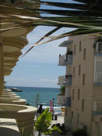 San Sebastian Playa Hotel: Balcony View in Sitges