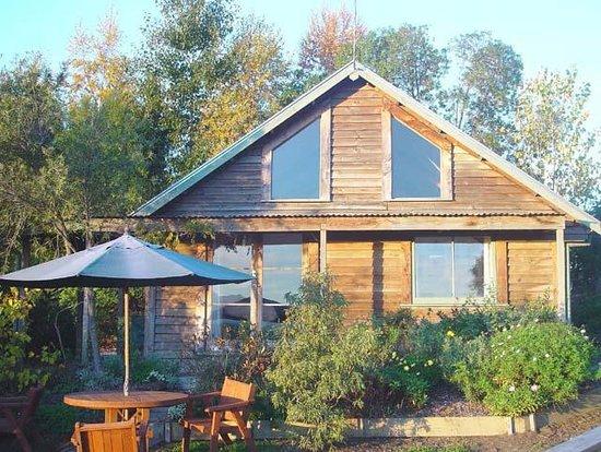 Nelson Coastal Barnstay: The Barn