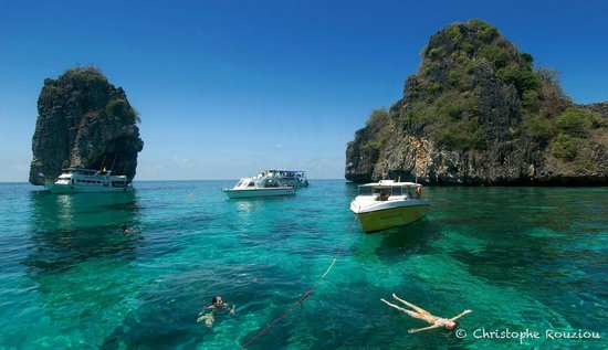 Blue Planet Divers: Koh Haa and its beautiful lagoon