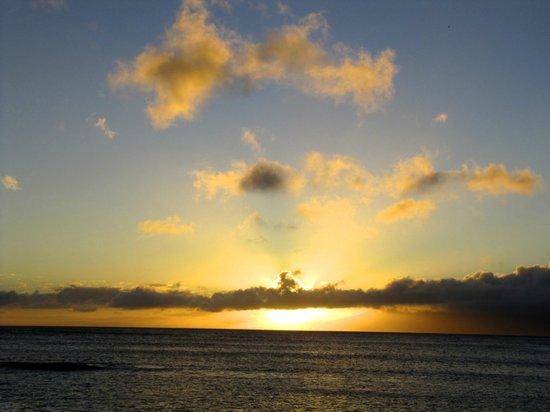 Napili Sunset Beachfront Resort : Beautiful sunsets