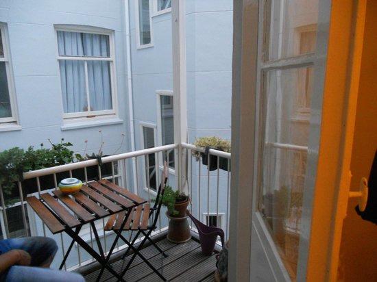 A'damgoodstay: balconcino