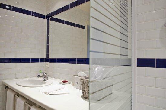Maison Melrose : 2ème salle de bains