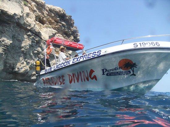 Paradise Diving Malta: Boat on Comino dive