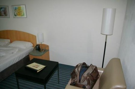 Apart-Hotel operated by Hilton: Zimmer