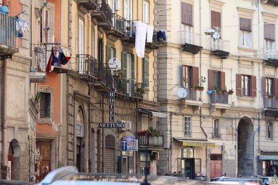 Via Sedile Di Porto.Facciata Dell Albergo Picture Of Hotel Nettuno Naples Tripadvisor