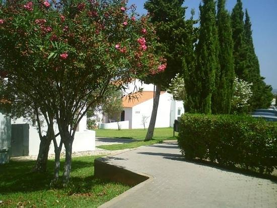 Algarve Gardens: path leading onto gardens from hotel