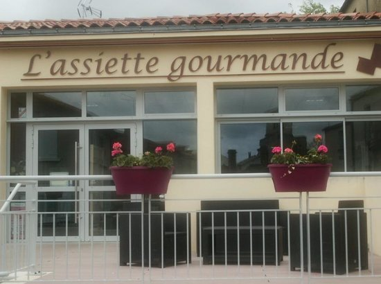 L'Assiette Gourmande: This was the Village Fire Station Last Year