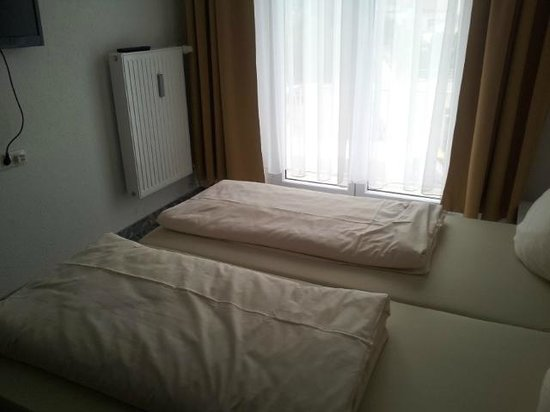 Central City Hotel: Bedroom