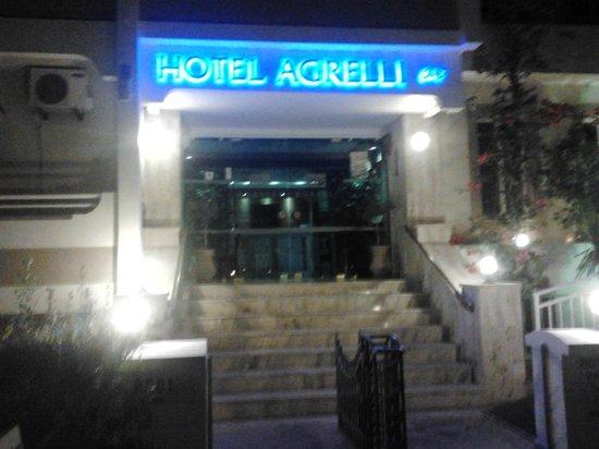 Agrelli Hotel Imperial: Ingresso