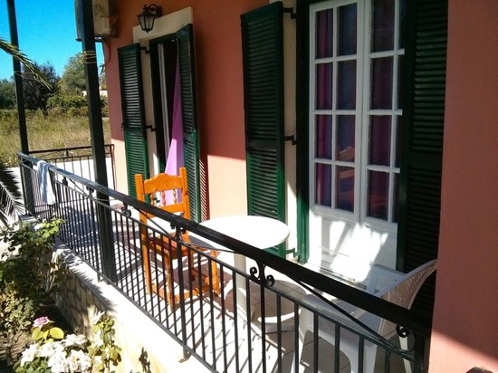 Mary Studios & Apartments: Balcony for ground floor apartments