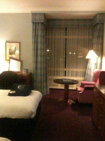 Wyndham Apollo Hotel Amsterdam: spacious room