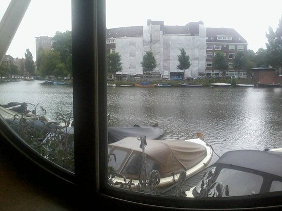 Apollo Hotel Amsterdam: view from breakfast room