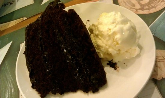 Old School Delights : Chocolate Cake