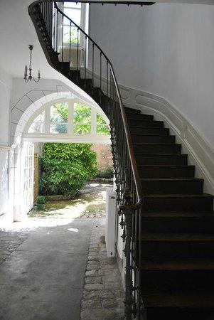 Chambres d'Hôtes Le Tilleul : La Cage d'escalier