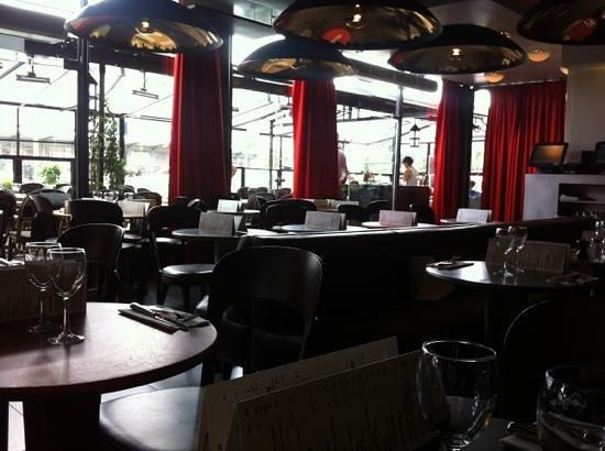 MK2 Cafe: la salle