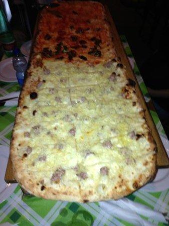 Ristopub Sud Est: metro di pizza