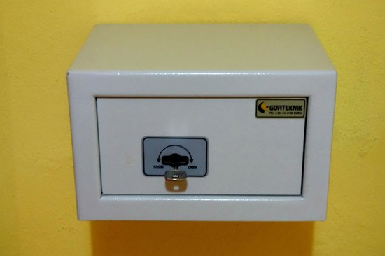 Meral Hotel: A safety box.