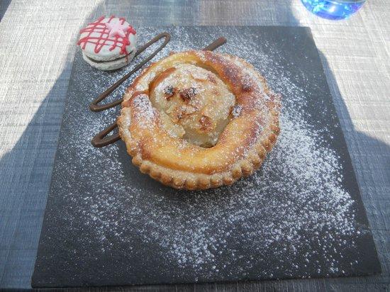 Le Moliere: une tarte fine poire nutella !