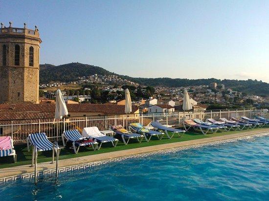 Hotel Merce: pool area