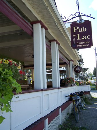 Le Pub Du Lac