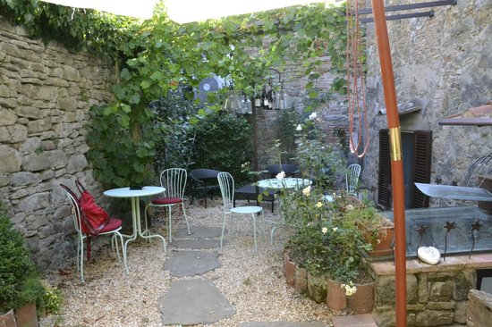 Locanda Pane e Vino: Il giardino