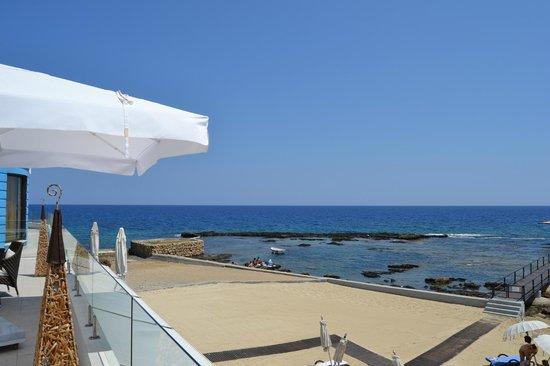 Arkin Palm Beach Hotel: vista mare dal bar hotel