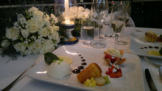 San Montano Resort & SPA: Our  delisious  special dinner