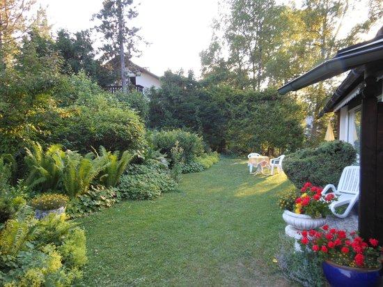 Hotel Bergland: Le jardin de l'hôtel Bergland
