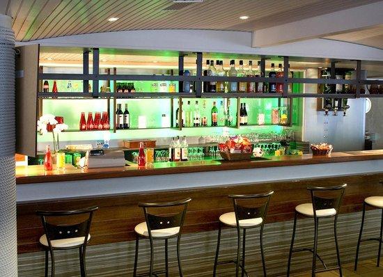 Hotel Les Pecheurs : Le bar