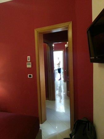 Fellini Inn Rome: Room