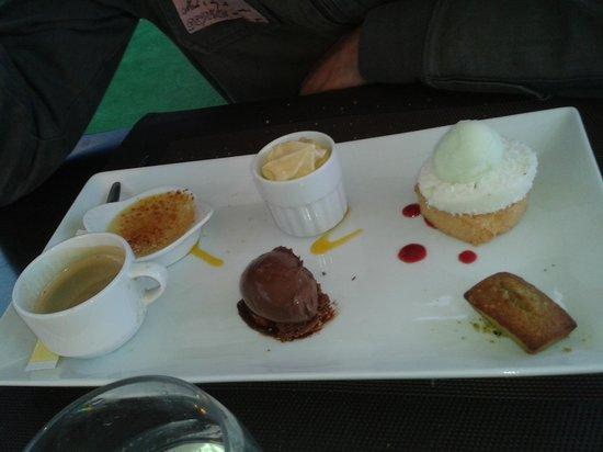 Restaurant des rochers : Café gourmand, et qui porte bien son nom !
