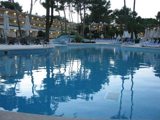 IBEROSTAR Pinos Park: piscine