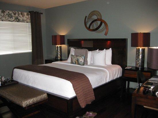 The Tavern Hotel: Room 103