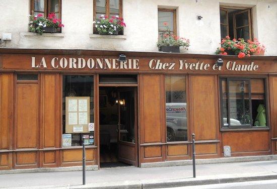 La Cordonnerie: Le restaurant, rue Saint Roch, à 20 m de la rue Saint Honoré