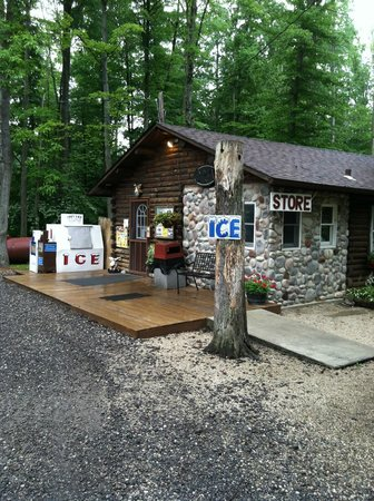 Country Acres Campground: Camp Store and registration