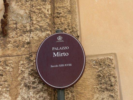 Palazzo Mirto : 看板