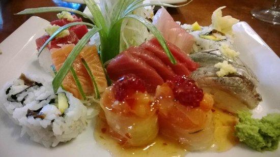 Kyodai Sushi Bar: Sushi e sashimi