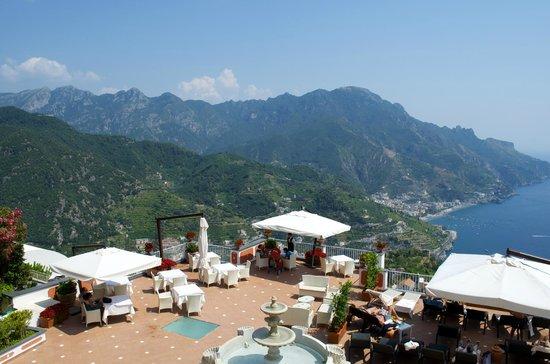 Hotel Villa Fraulo : The back patio.