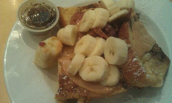 La Mie Bakery : Peanut, Bacon, and Banana French Toast