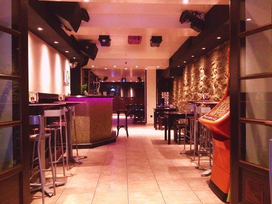 Izartxo Bar & Restaurante: Entrada