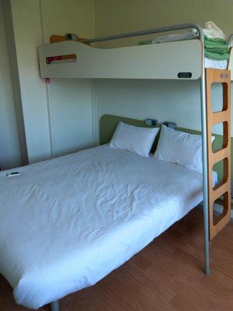 Ibis budget Saint-Malo Centre : cama principal