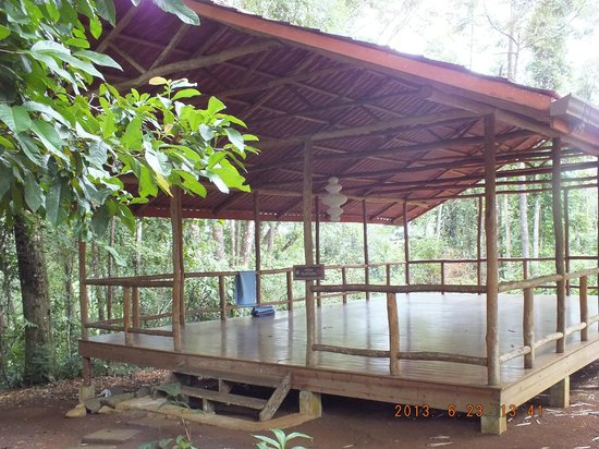 El Remanso Lodge: YOGA STUDIO