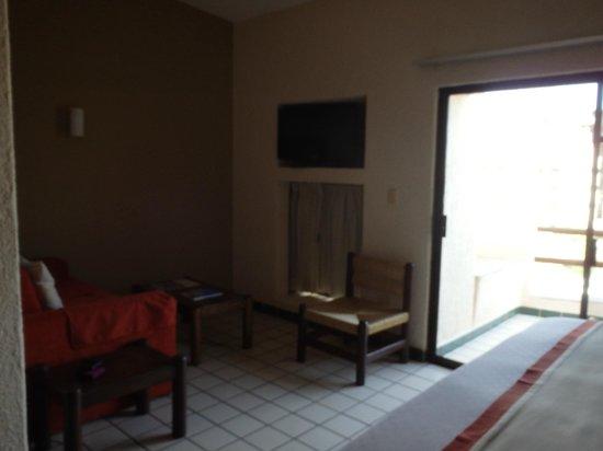 Solmar Resort: living area